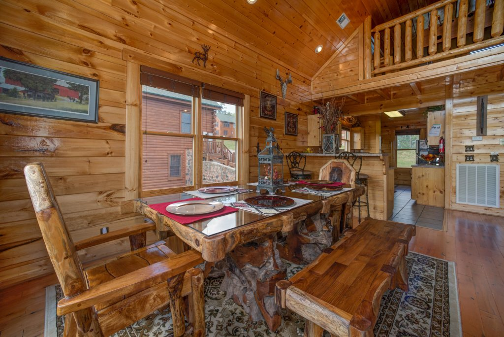 Photo of a Sevierville Cabin named Forget Me Knot Cabin - This is the ninth photo in the set.