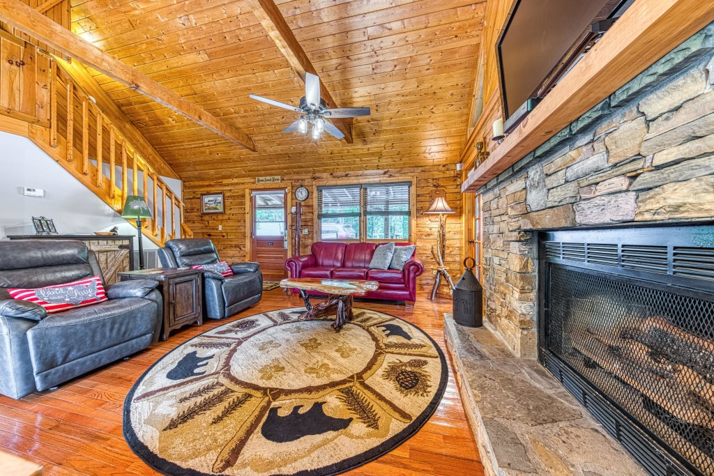 Photo of a Sevierville Cabin named Black Bear Bungalow - This is the fifth photo in the set.