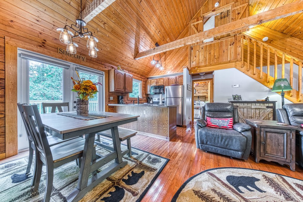 Photo of a Sevierville Cabin named Black Bear Bungalow - This is the eighth photo in the set.