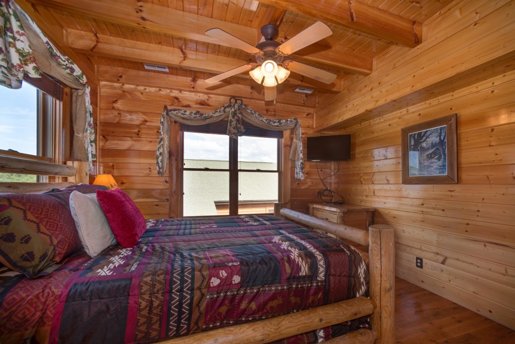 Photo of a Sevierville Cabin named Forget Me Knot Cabin - This is the eighteenth photo in the set.