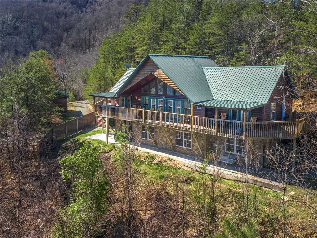Photo of a Sevierville Cabin named Majestic Views - This is the thirty-first photo in the set.