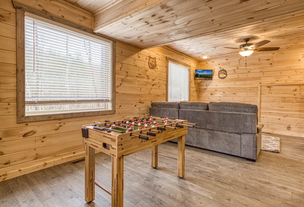 Photo of a Gatlinburg Cabin named Mountain Life - 496 - This is the twenty-first photo in the set.
