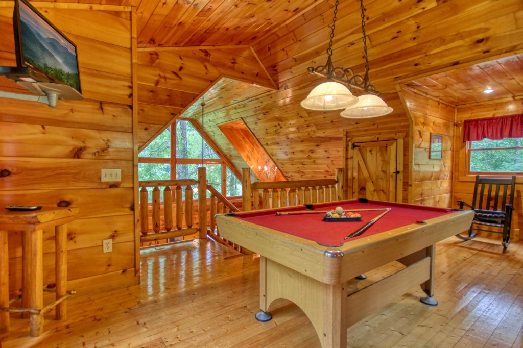 Photo of a Gatlinburg Cabin named Lover's Lake #105 - This is the seventeenth photo in the set.