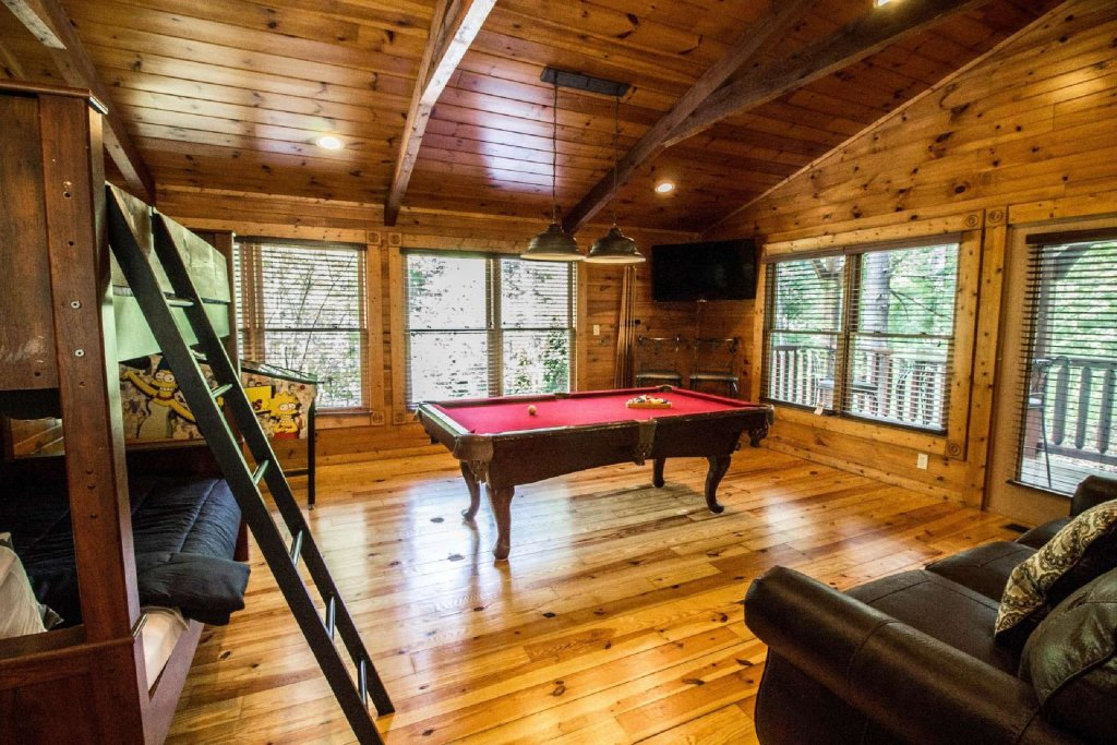 Photo of a Gatlinburg Cabin named Evening Star - This is the fourteenth photo in the set.