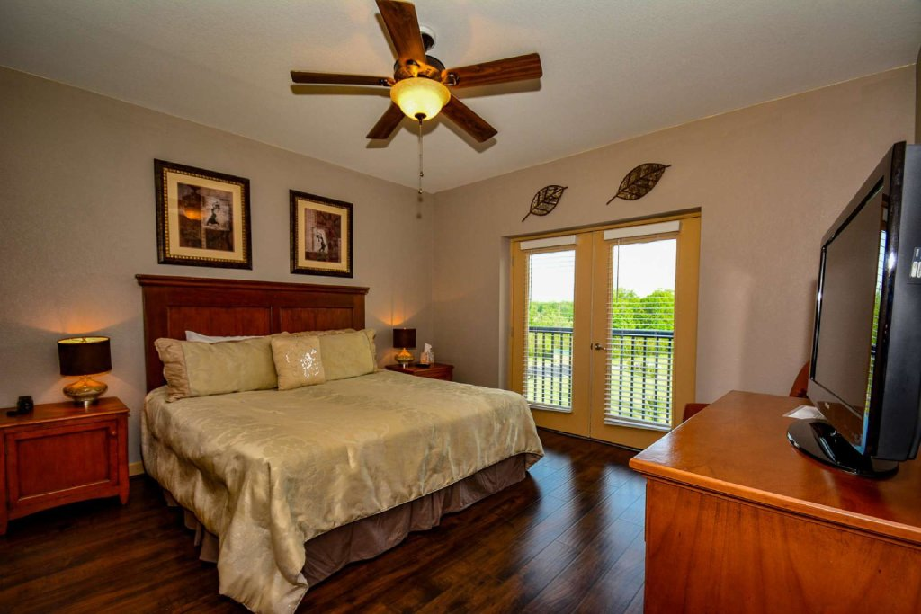 Photo of a Pigeon Forge Cabin named Mountain View Condo #3505 - This is the eighth photo in the set.