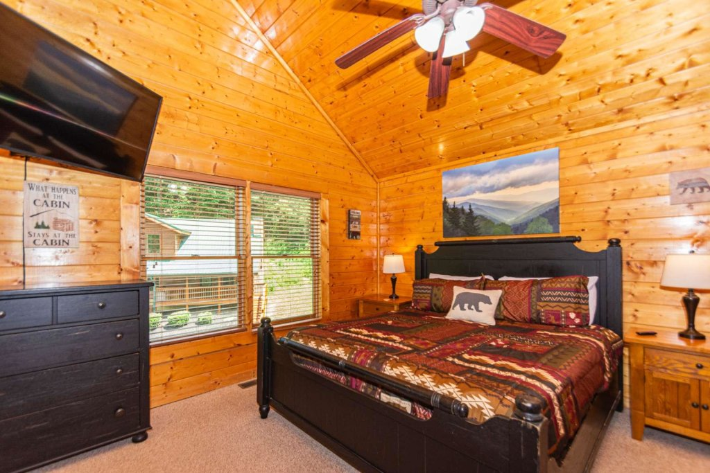 Photo of a Pigeon Forge Cabin named Absolute Dream - This is the ninth photo in the set.