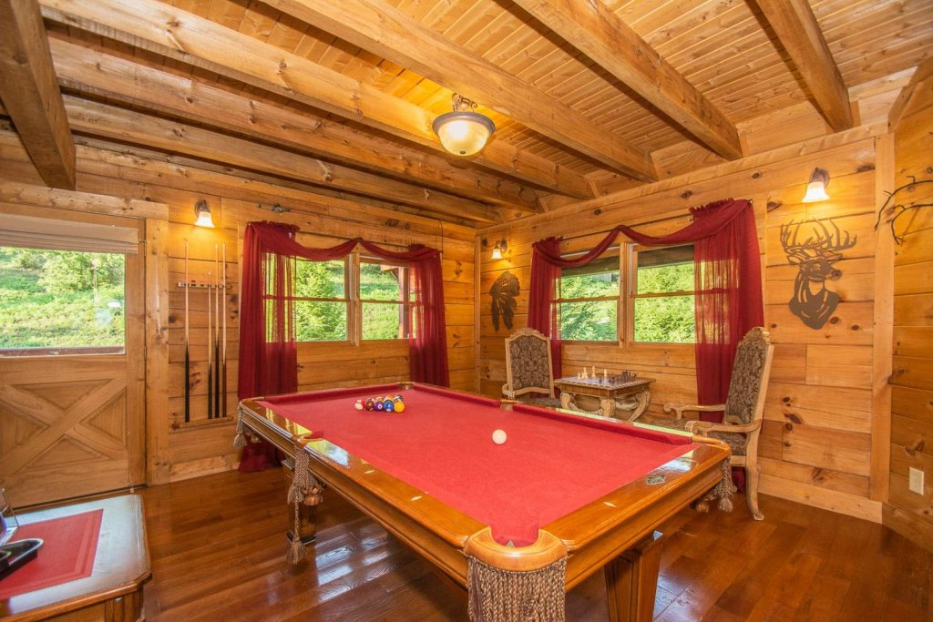 Photo of a Pigeon Forge Cabin named Streamside Getaway - This is the eighth photo in the set.