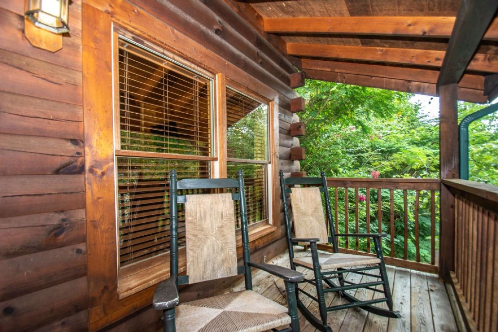 Photo of a Pigeon Forge Cabin named Absolute Dream - This is the second photo in the set.