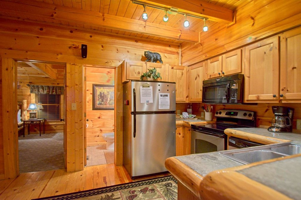 Photo of a Sevierville Cabin named Zip-a-dee-doo - This is the twelfth photo in the set.