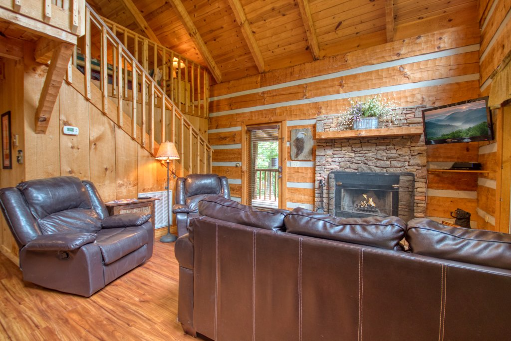 Photo of a Sevierville Cabin named Simply Serene #201 - This is the third photo in the set.