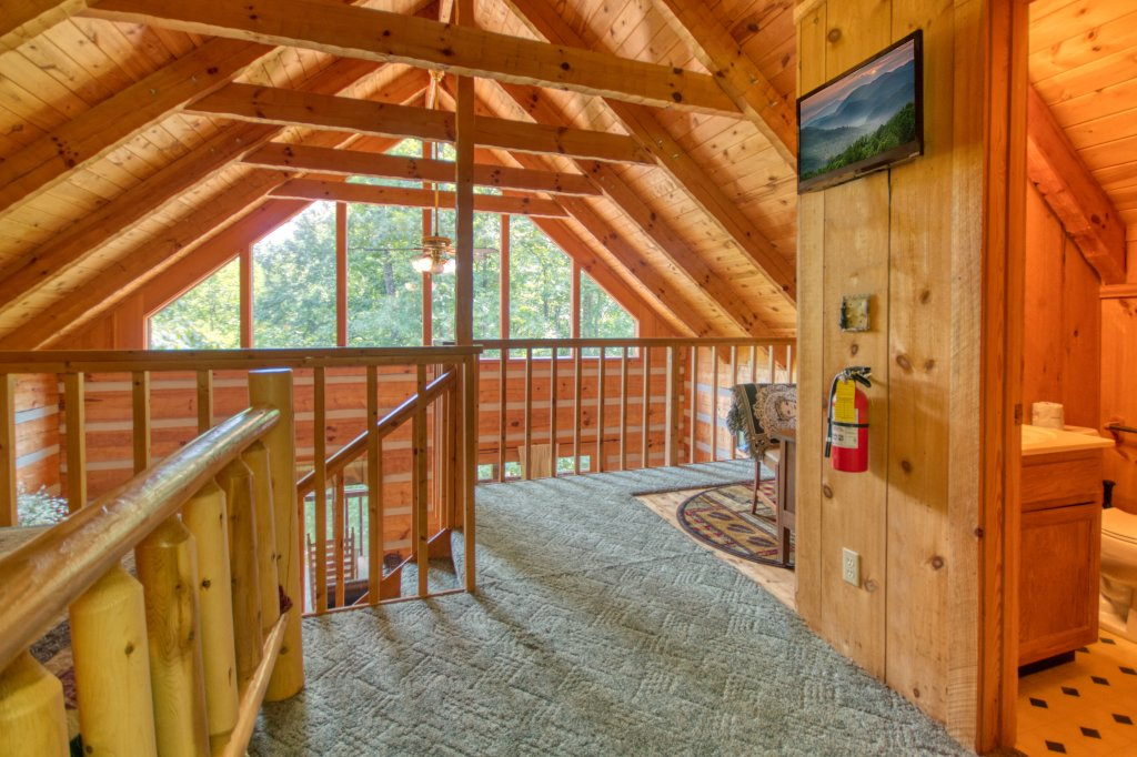 Photo of a Sevierville Cabin named Simply Serene #201 - This is the twenty-first photo in the set.