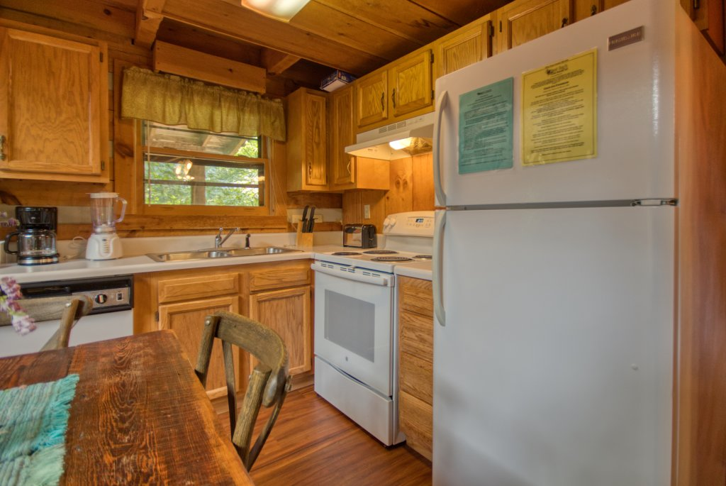 Photo of a Sevierville Cabin named Simply Serene #201 - This is the thirteenth photo in the set.