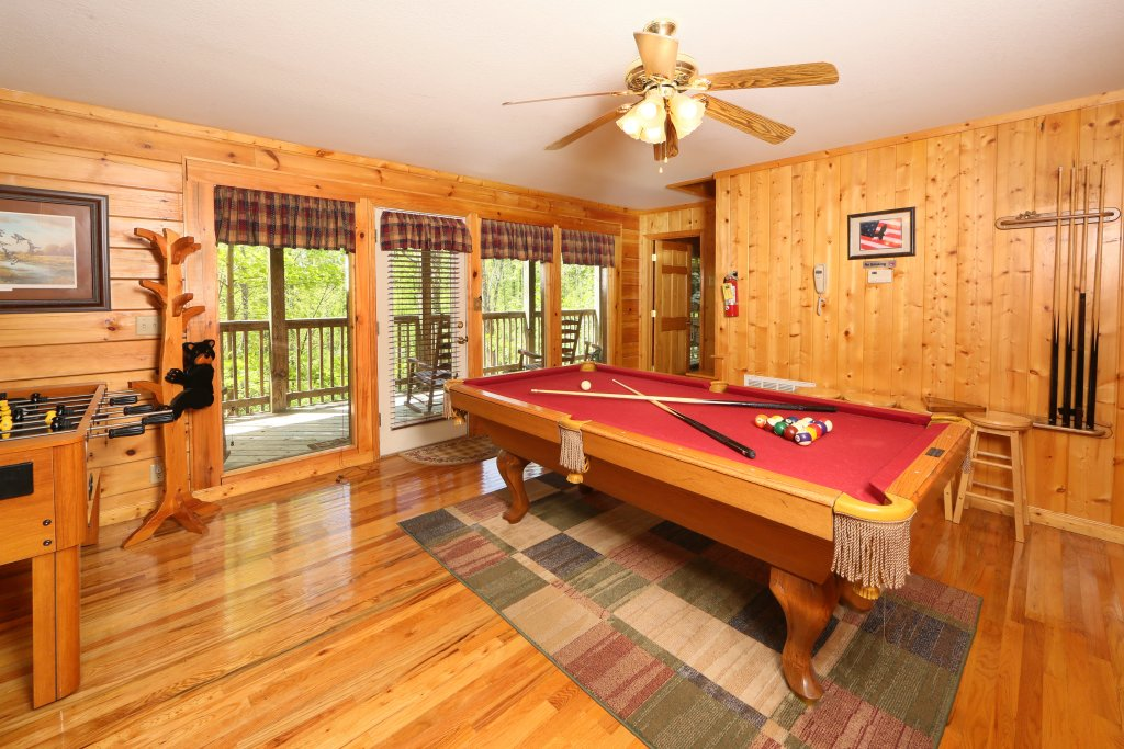Photo of a Pigeon Forge Cabin named Smoky Mountain Getaway #435 - This is the forty-fifth photo in the set.