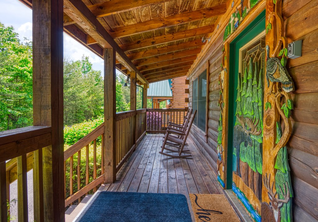 Photo of a Pigeon Forge Cabin named Shades Of The Past #230 - This is the seventh photo in the set.