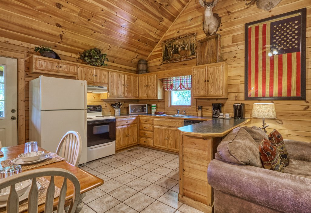 Photo of a Pigeon Forge Cabin named Shades Of The Past #230 - This is the fourteenth photo in the set.