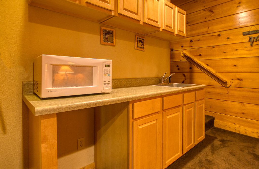 Photo of a Pigeon Forge Cabin named Cozy Bear Cove #288 - This is the twenty-first photo in the set.
