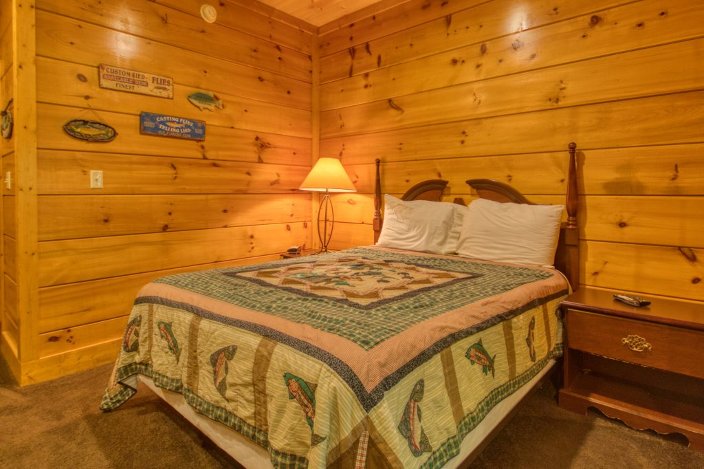 Photo of a Pigeon Forge Cabin named Cozy Bear Cove #288 - This is the twentieth photo in the set.