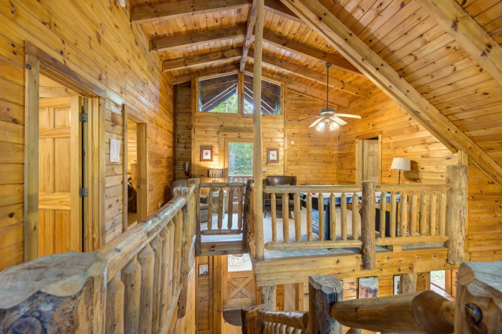 Photo of a Sevierville Cabin named Hook's Haven #2 - This is the twenty-first photo in the set.
