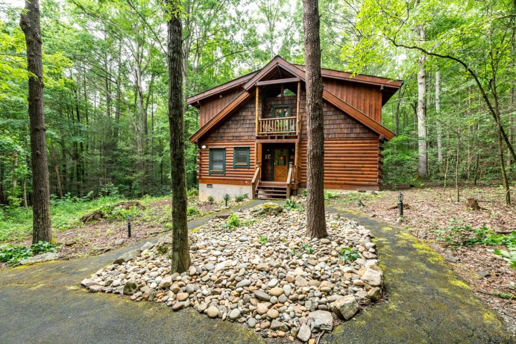 Photo of a Sevierville Cabin named Hook's Haven #2 - This is the twenty-ninth photo in the set.
