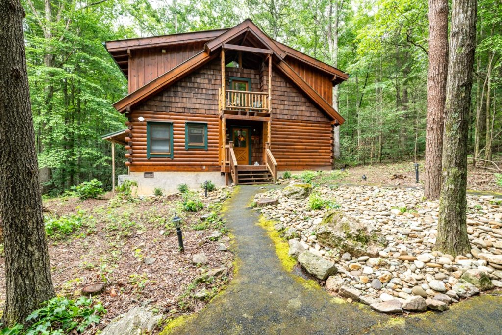 Photo of a Sevierville Cabin named Hook's Haven #2 - This is the twenty-eighth photo in the set.