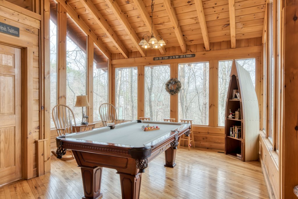 Photo of a Sevierville Cabin named Amazing Grace #25 - This is the eleventh photo in the set.
