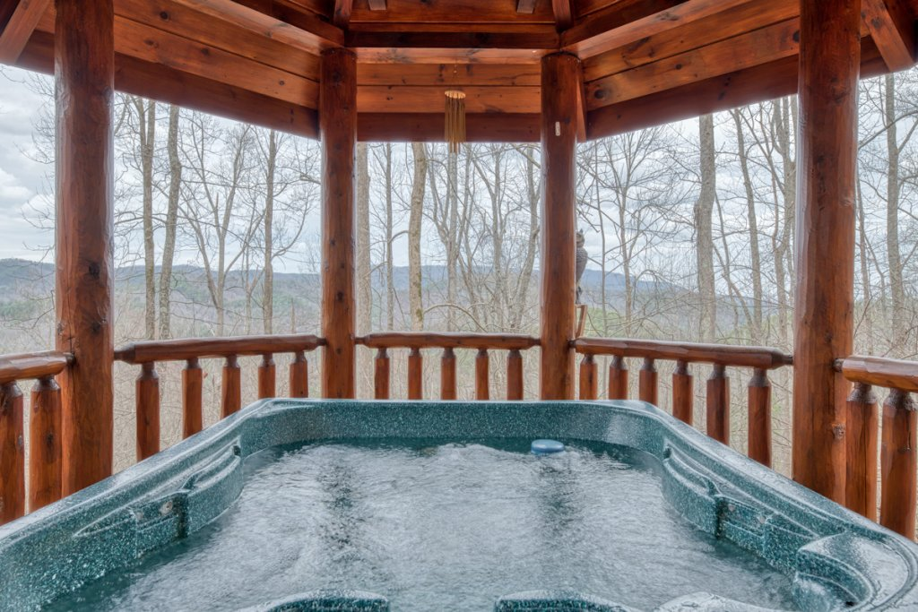 Photo of a Sevierville Cabin named Amazing Grace #25 - This is the thirtieth photo in the set.