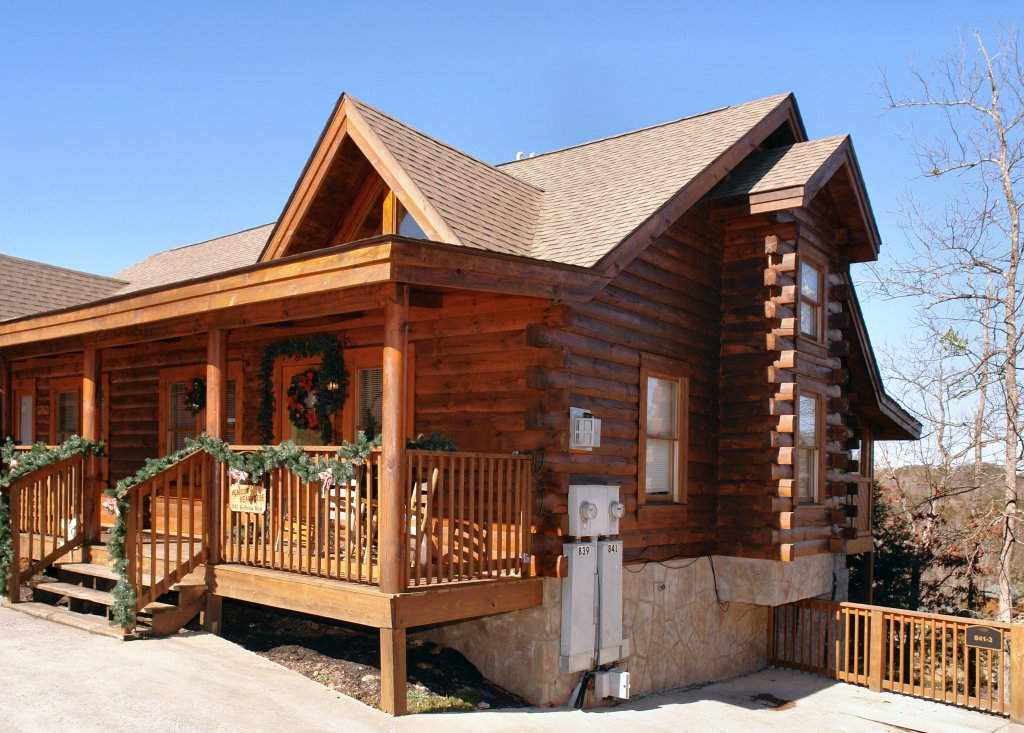 Photo of a Pigeon Forge Cabin named Almost Bearadise #289 - This is the first photo in the set.