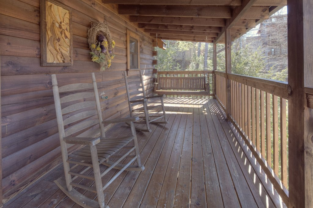 Photo of a Pigeon Forge Cabin named  Sleepy Bear - This is the fifth photo in the set.