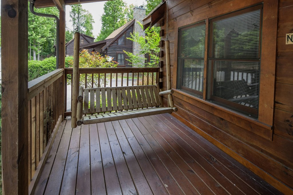 Photo of a Pigeon Forge Cabin named  Smoky Mountain Top - This is the seventeenth photo in the set.