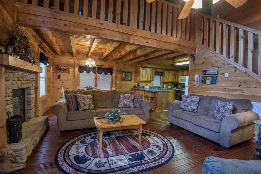 Photo of a Pigeon Forge Cabin named  Smoky Mountain Top - This is the seventh photo in the set.