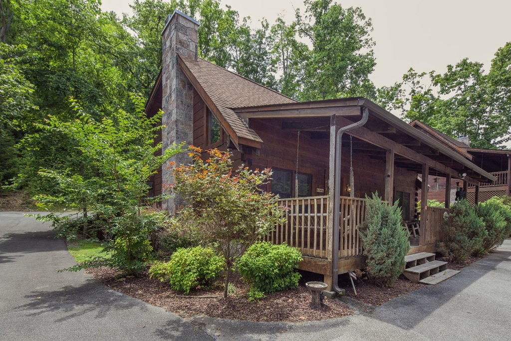 Photo of a Pigeon Forge Cabin named  Smoky Mountain Top - This is the twelfth photo in the set.