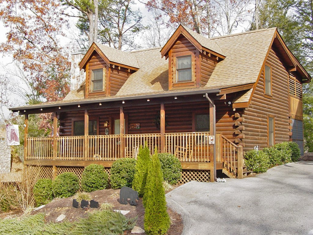 Photo of a Pigeon Forge Cabin named  The Getaway - This is the first photo in the set.