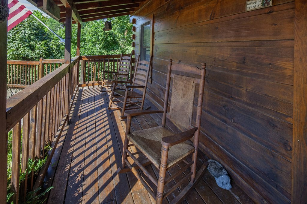 Photo of a Pigeon Forge Cabin named  Making Memories - This is the seventeenth photo in the set.