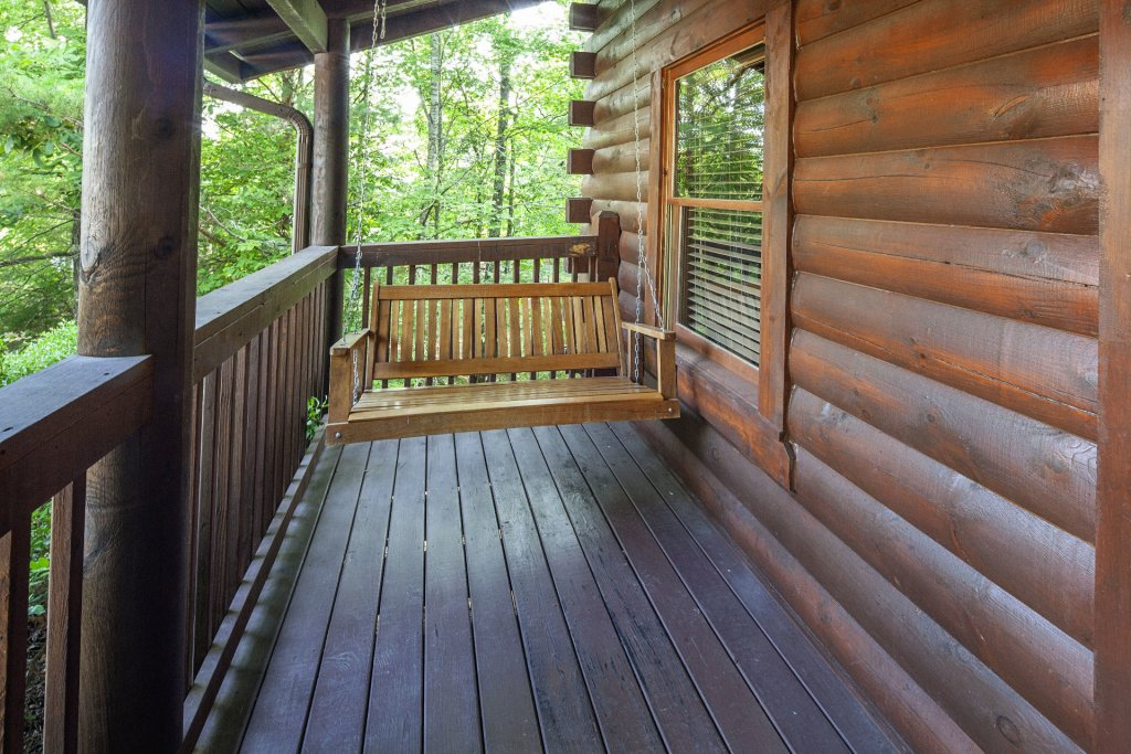 Photo of a Pigeon Forge Cabin named  Smoky Mountain Escape - This is the seventh photo in the set.