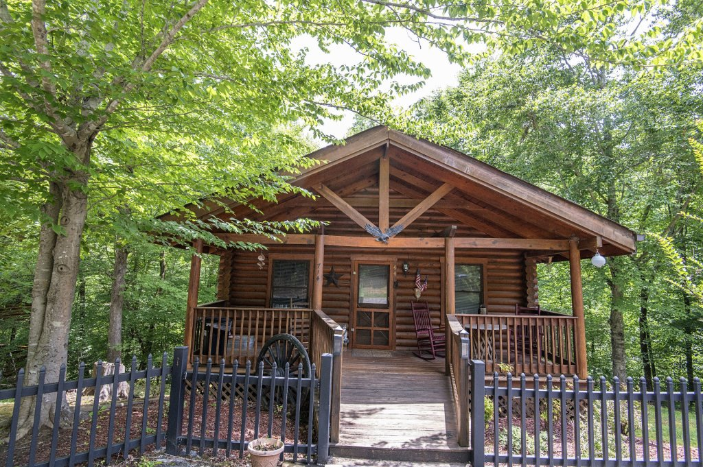 Photo of a Pigeon Forge Cabin named  Rising Eagle - This is the twenty-first photo in the set.