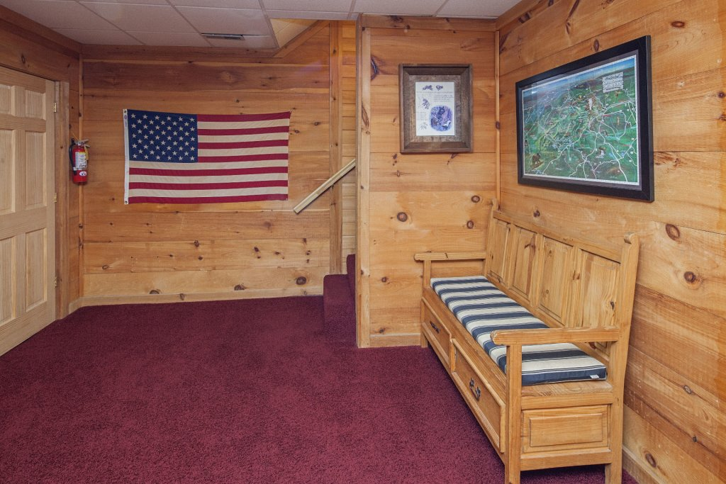 Photo of a Pigeon Forge Cabin named  Smoky Mountain Escape - This is the thirtieth photo in the set.
