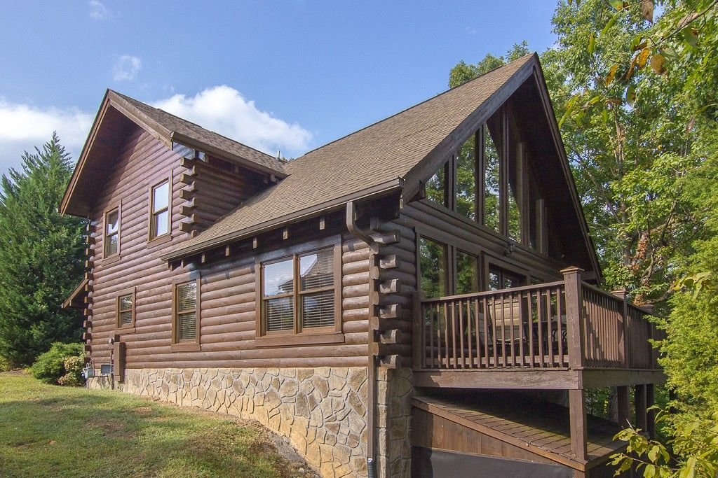 Photo of a Pigeon Forge Cabin named  Smoky Mountain Escape - This is the first photo in the set.