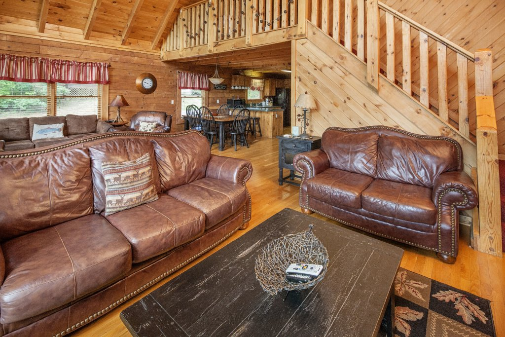 Photo of a Pigeon Forge Cabin named  Smoky Mountain Escape - This is the fourth photo in the set.