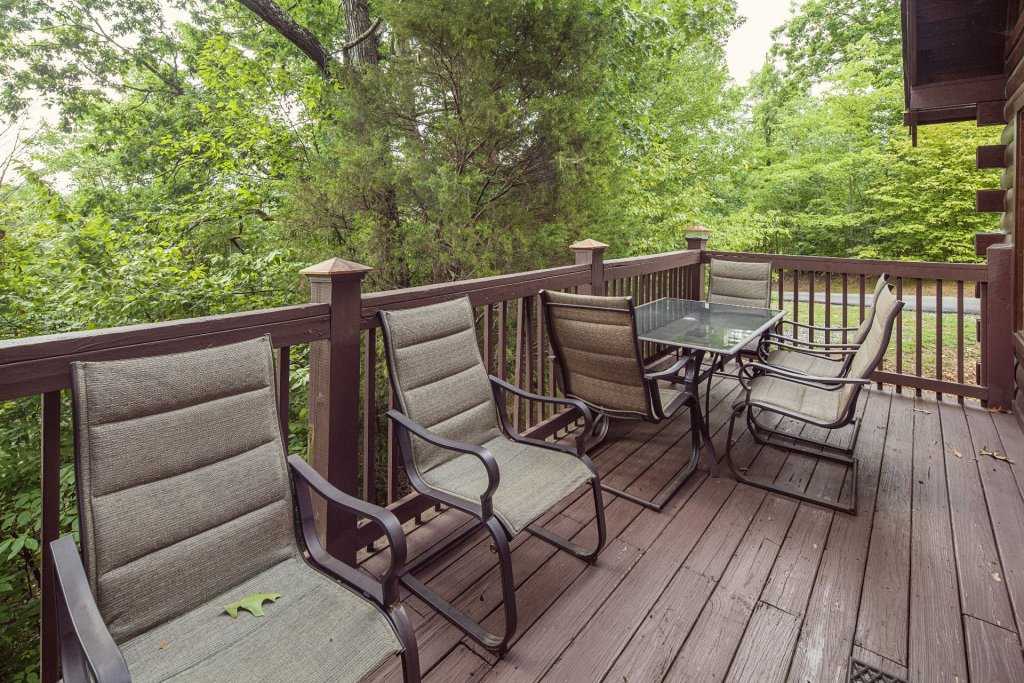 Photo of a Pigeon Forge Cabin named  Smoky Mountain Escape - This is the thirty-sixth photo in the set.