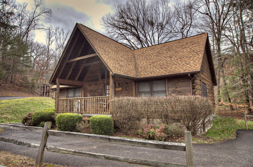 Photo of a Pigeon Forge Cabin named  Cherith Brook - This is the first photo in the set.