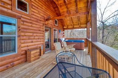 Ever After 2, 1 Bedroom, Hot Tub, Fireplace, Jetted Tub, Wifi, Sleeps 2