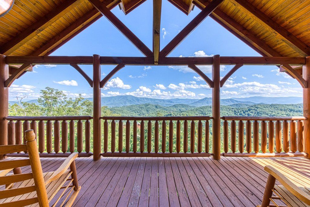 Photo of a Sevierville Cabin named Bella Vista - This is the first photo in the set.