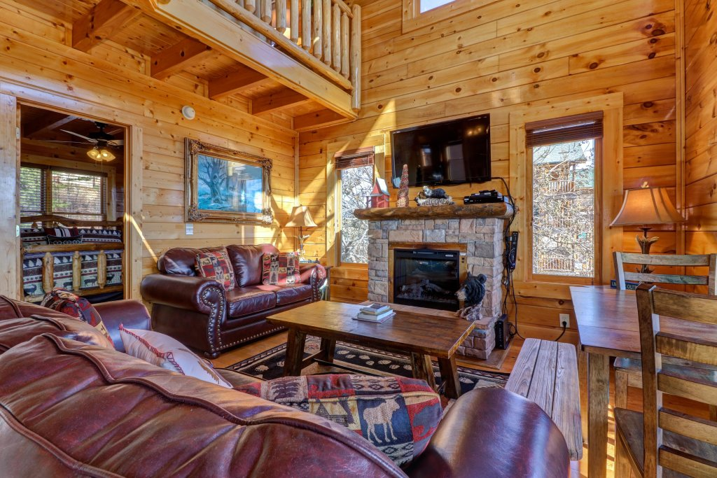 Photo of a Sevierville Cabin named Bella Vista - This is the fourth photo in the set.