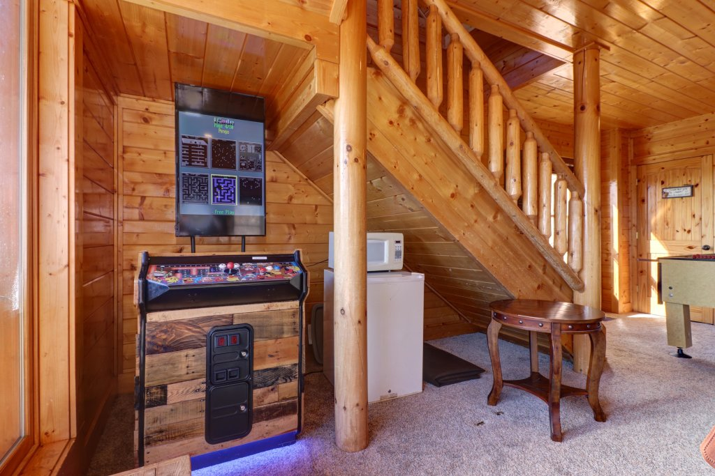 Photo of a Sevierville Cabin named Bella Vista - This is the fourteenth photo in the set.