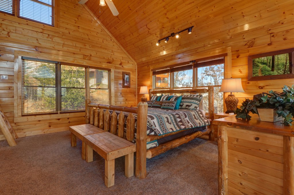 Photo of a Sevierville Cabin named Bella Vista - This is the sixteenth photo in the set.