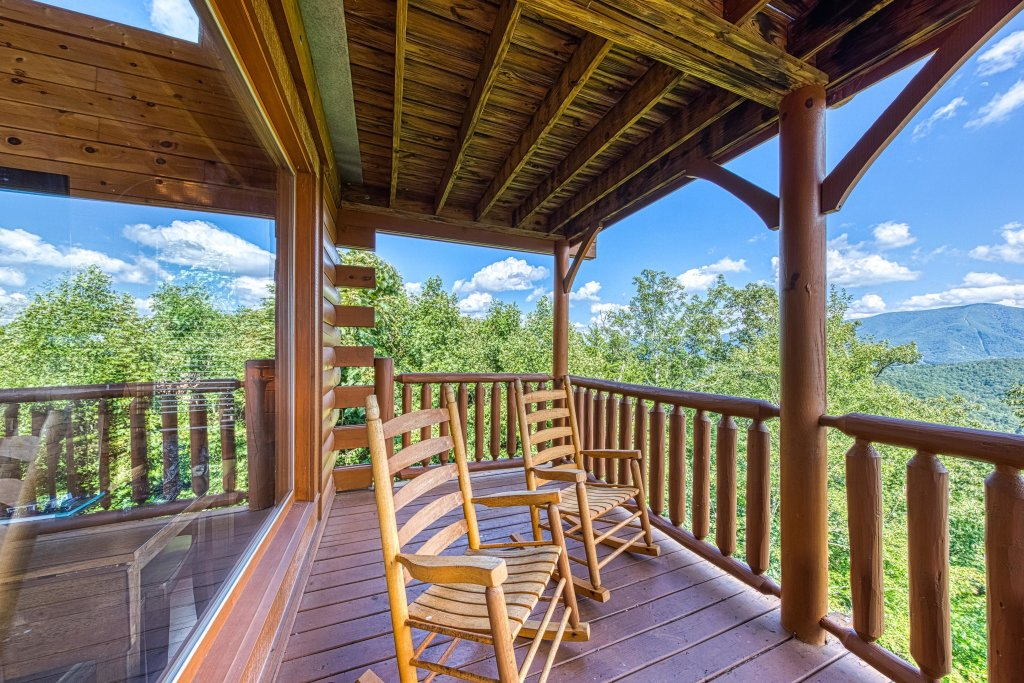 Photo of a Sevierville Cabin named Bella Vista - This is the fortieth photo in the set.