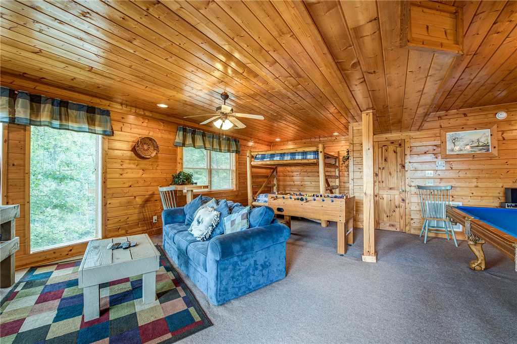 Photo of a Sevierville Cabin named Mountain Seduction - This is the twelfth photo in the set.