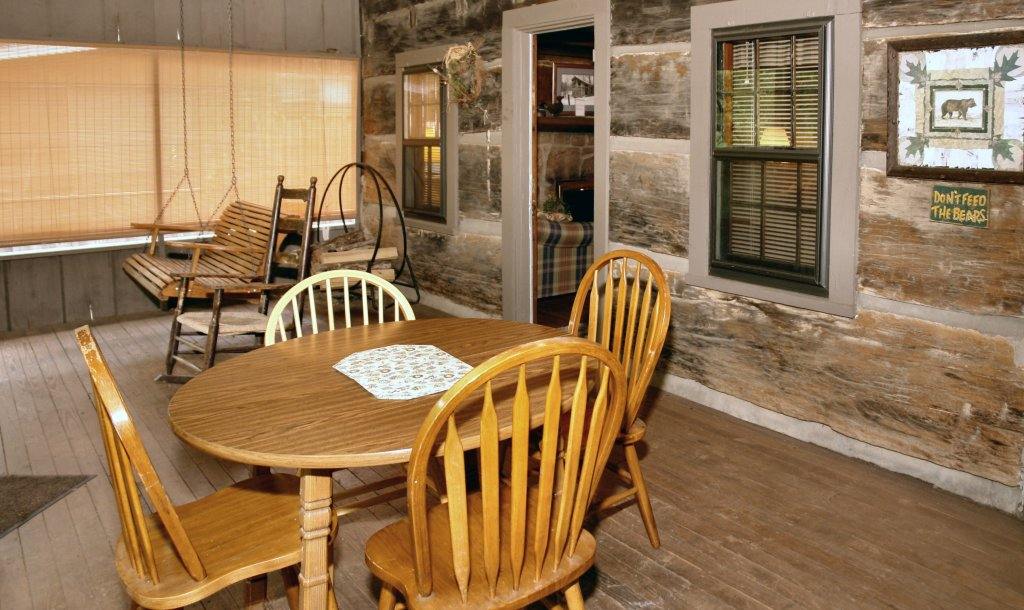 Photo of a Gatlinburg Cabin named River Dream #466 - This is the twenty-first photo in the set.