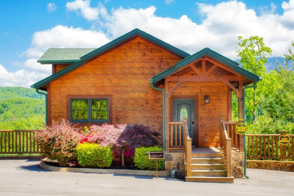 Photo of a Gatlinburg Cabin named Heavenly Hilltop Getaway - This is the seventh photo in the set.