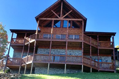 New Mountain View Cabin With Arcade Game Room,wifi, Sauna, And Log King Beds!